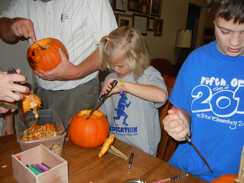Oct 17 2014 Doller pumpkin carving (4)