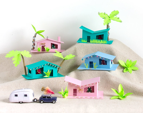 DIY Retro Ranch Holiday Houses | Click through for the tutorial and two free templates! www.vitaminihandmade.com