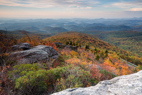 autumn mountains fall october northcarolina hills blueridgeparkway brp roughridge visitnc