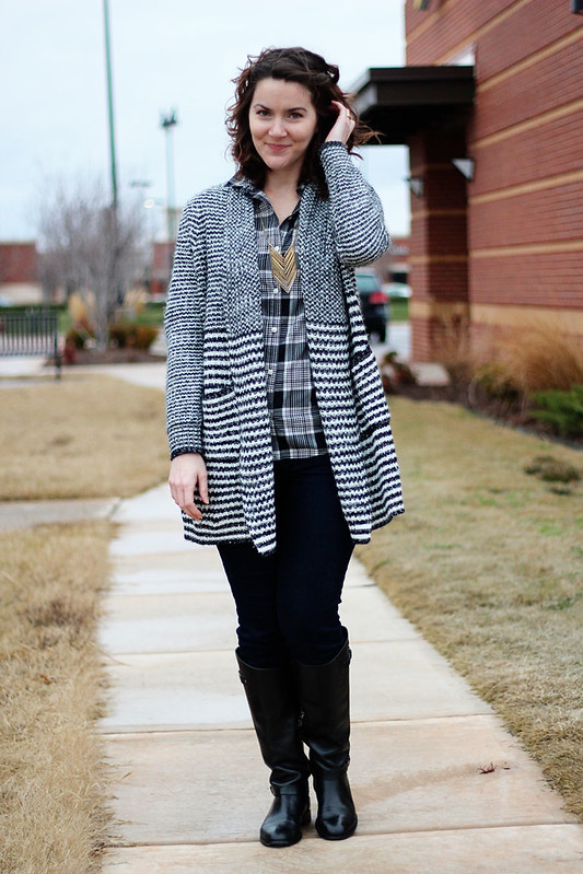 black-white-plaid-sweater-5