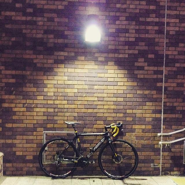 #深夜自転車部 #ridley #xfire #brick #stansnotubes #sram #fizik #cyclingphoto
