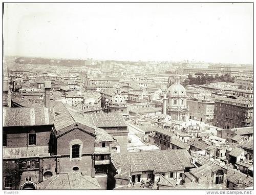 ROMA ARCHEOLOGICA & RESTAURO ARCHITETTURA: Veduta del Foro di Traiano e il Palazzo Valentini a volte prima del 1885.