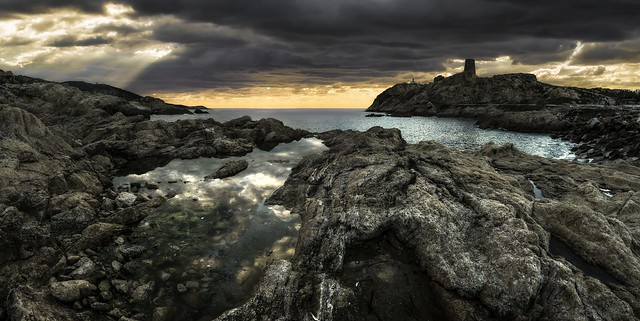 Isula Rossa (L'lle-Rousse, Corse)