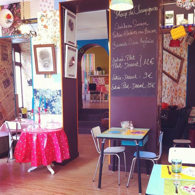 New Salon de Thé in #Bayeux - Chez Paulette. The decor is très kitsch. I love it!