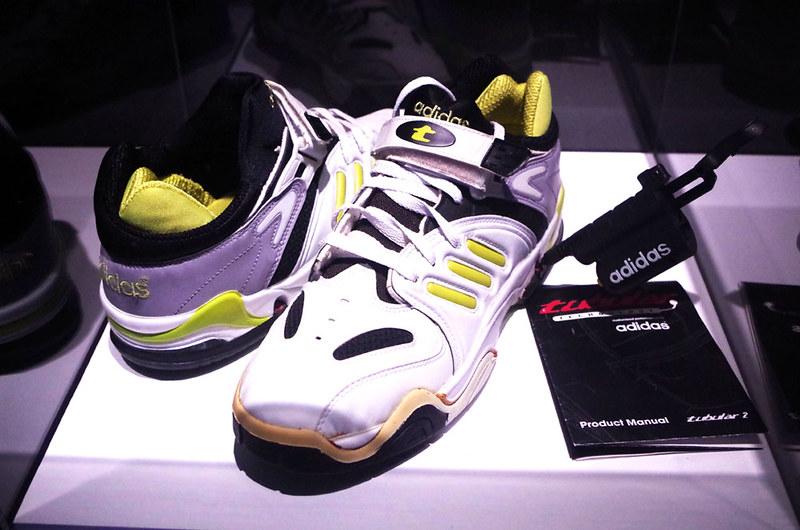 toomilog-adidas_kousaten006