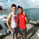 第一次潛水有點緊張,但遇到台灣的潛水教練挺好的,原本他也是打工度假,後來留下來變正職,覺得興趣結合工作真的蠻狂,但摸到珊瑚那剎,還有熱帶魚在你面前游過,是蠻感動的,都想去考潛水證照了,BTW,Re真的很給力,可以帶下去潛水外,超廣角拍出好照片讓我好滿意! #diving #recamera
