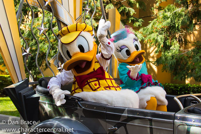 Disney's Stars'n'Cars: Meet Your Disney Character Friends