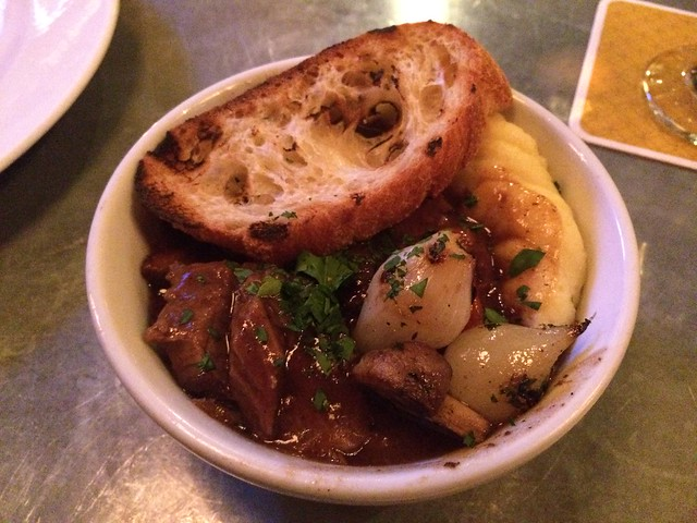 Petit boeuf bourguignon stew - Luc