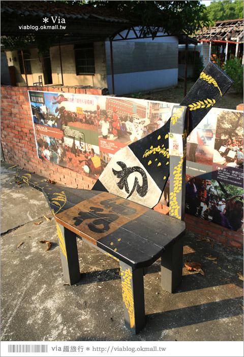 【台中霧峰景點】台中光復新村~可愛的造型椅林立、讓老眷村重新充滿新活力!35