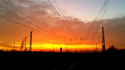 sunrise deutschland tracks trains db bunker bremen gröpelingen güterverkehrsbahnhof
