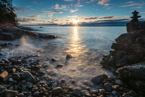 minnesota sunrise mn lakesuperior cascaderiverstatepark