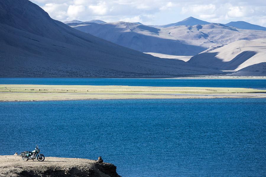 Поднимаемся выше. Озеро Тсо Морири, авторские туры в Ладакх © Kartzon Dream - авторские путешествия, авторские туры в Индию, тревел фото, тревел видео, фототуры