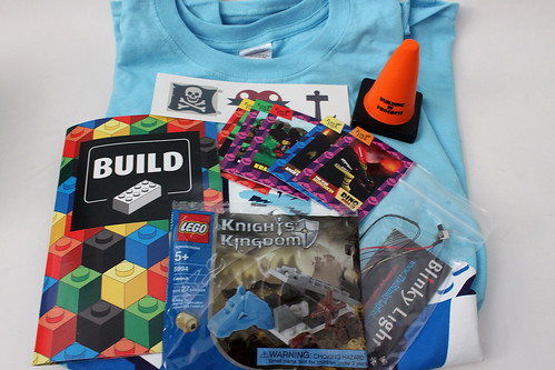 Brick Builders Club November 2014 Box