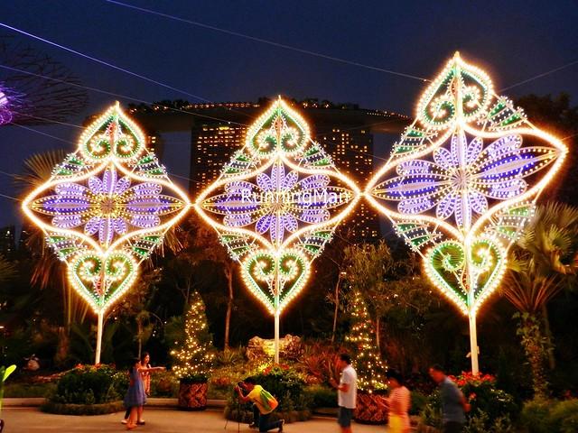 Christmas Wonderland 2014 - Leaf Trio