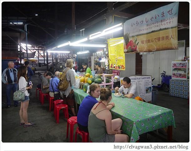 泰國-泰北-清邁-Somphet Market-Tip's Best Fresh Fruit Smoothie-市場-果汁攤-酸奶水果沙拉-燕麥水果優格沙拉-香蕉Ore0-泰式奶茶-早餐-2-610-1