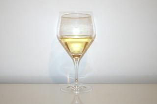 06 - Zutat trockener Weißwein / Ingredient dry white wine