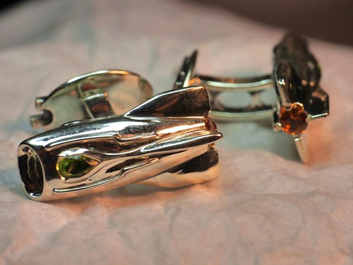 Space-Age Jet-Pack Rocket-Ship Cufflinks - 1