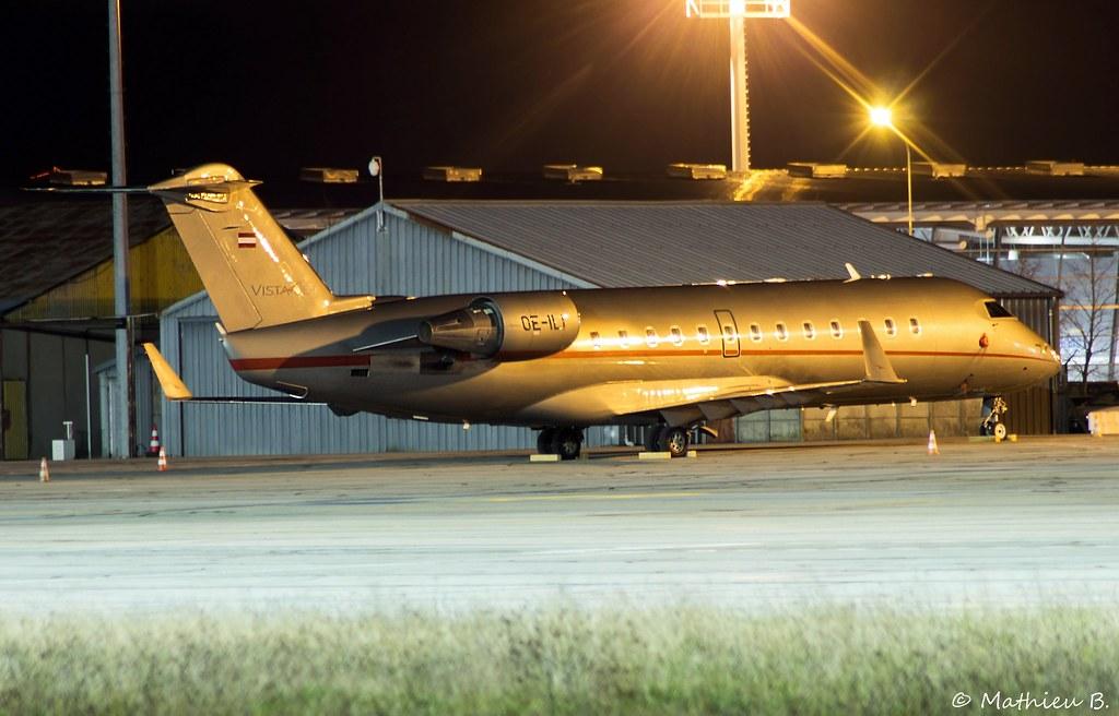Aéroport Grenoble-Isère LFLS-GNB 16000273558_e22ed35d15_b