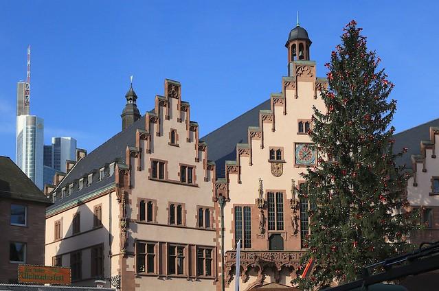 Weihnachtsbaum, Weihnachtsmarkt, Römerberg, Frankfurt am Main, Germany, fotoeins.com