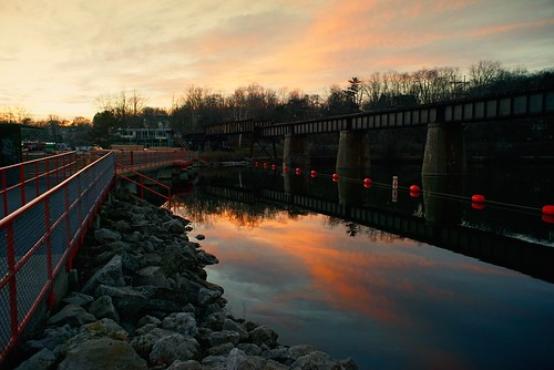 railroad bridge sunset reflection industry dam sonyalpha7rilce7ra7r nikkorhauto28cmf3528mmnipponkogaku sony0mmf00