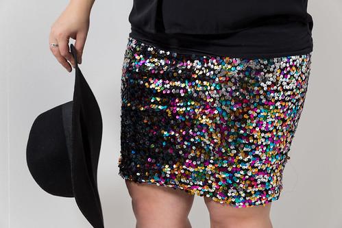 outfit-paillettenrock-hm-schwarz-hut-idee-look-style