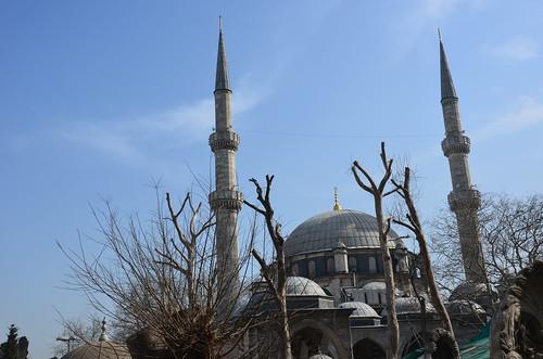 Die Moschee zur Erinnerung an den toten Bannerträger