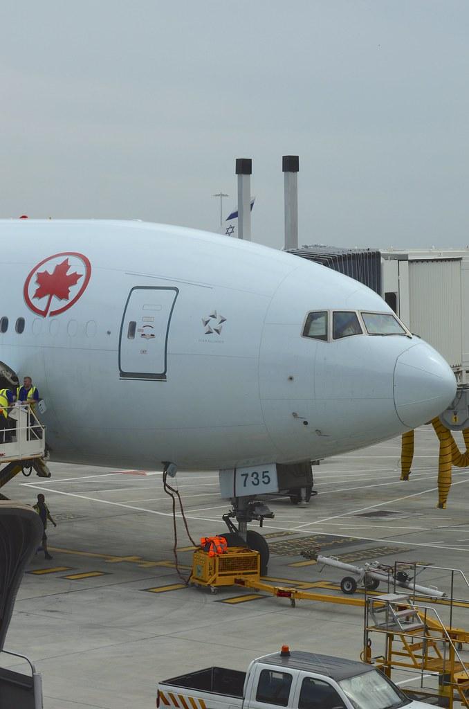 Air Canada Boeing 777-300ER C-FIUR