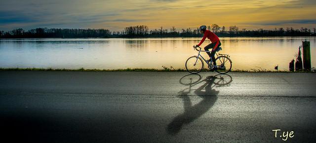 T.ye - Bicycler u9a0eu8ecau4eba