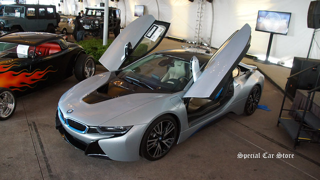 2014 BMW i8 - MPG Innovation Vehicle of the Year