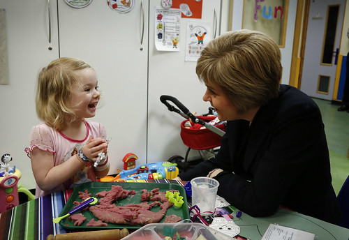 First Minister visits Royal Hospital for Sick Children