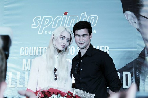 Phil Younghusband & Allison Harvard 2