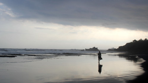 travel light sunset bali beach nature silhouette indonesia asia southeastasia id duplicate 2012 インドネシア nusatenggara indonésie バリ島 balianbeach 巴厘岛 бали lessersundaisland banjarlalanglinggah