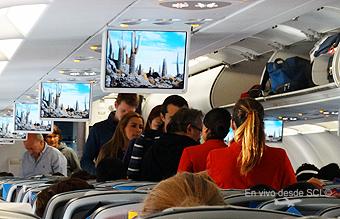 LATAM Airlines pasajeros A320 abordando (RD)