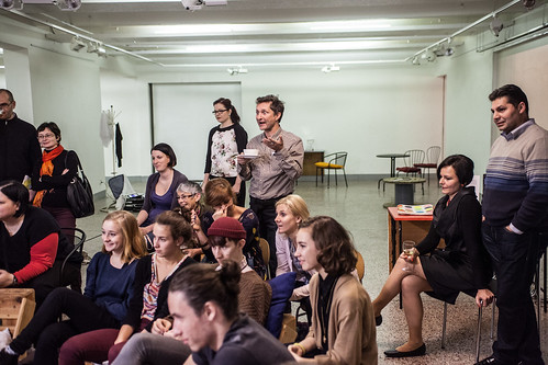 Diskuze s performery z představení Jezdci