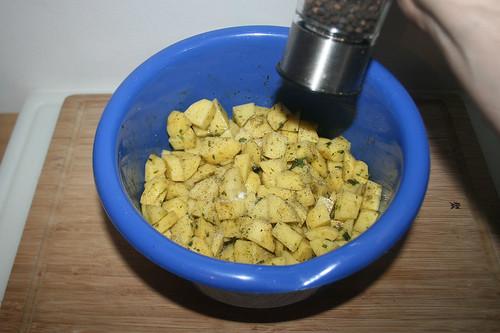 40 - Kartoffeln mit Salz & Pfeffer abschmecken / Taste potatoes with salt & pepper