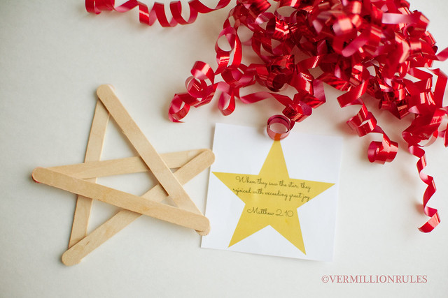 12 days of Christmas - nativity style. An amazing idea with printables from Bethany of Vermillion Rules via 30days.