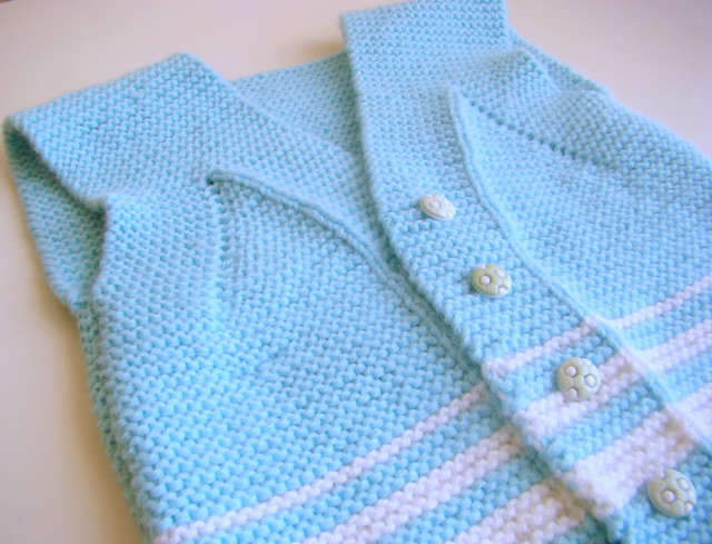 Easy peasy garter stitch vest for baby ~ Pure Craft