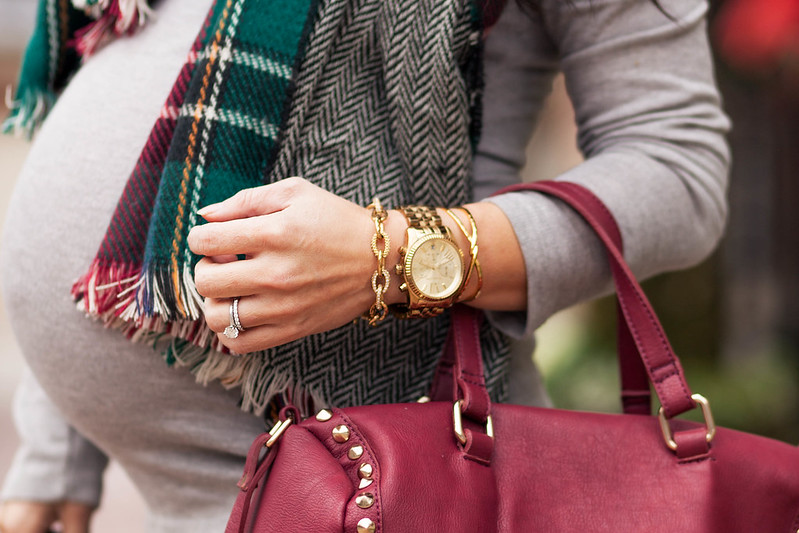 cute & little blog | petite fashion maternity | green plaid herringbone scarf, stella dot christina link bracelet, michael kors boyfriend watch, gorjana twist cuff, burgundy studded satchel | #armparty