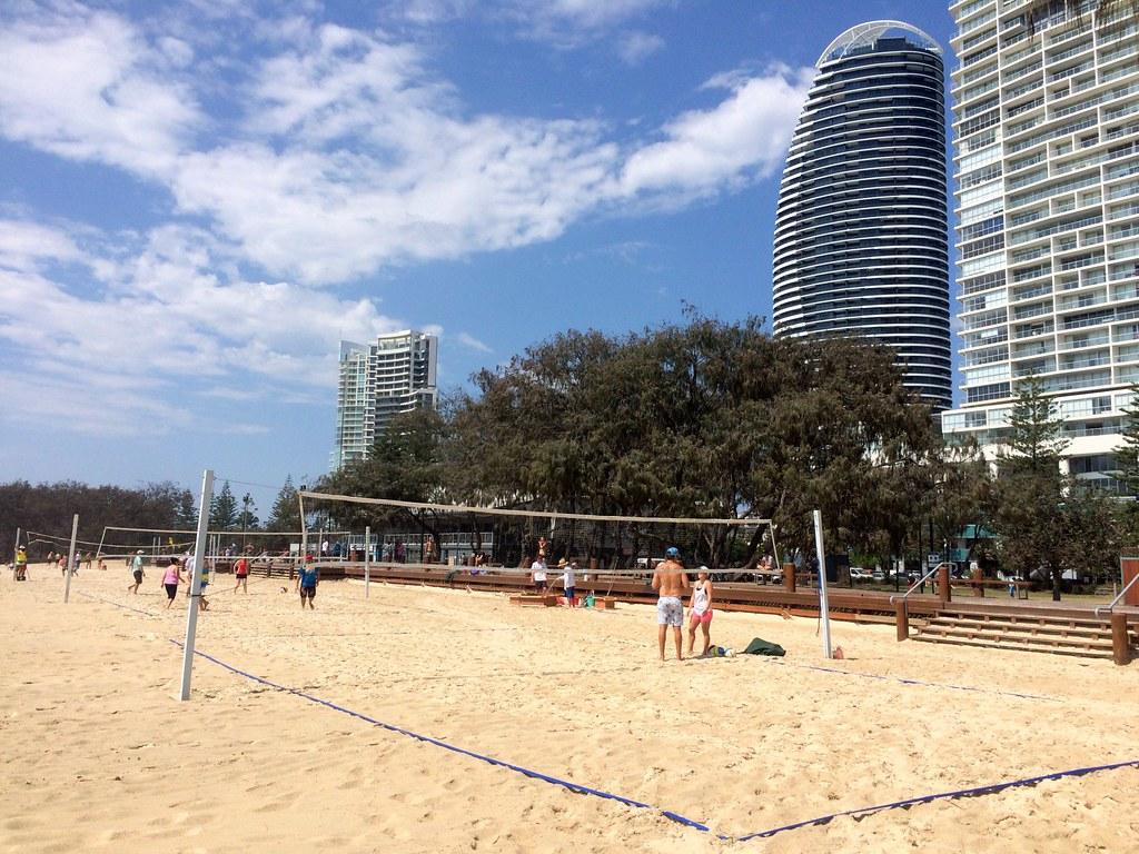 the beach - surroundings of sofitel gold coast-008