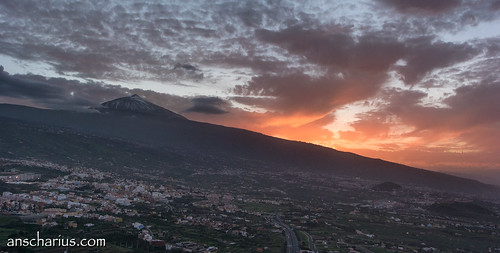 Sunset over La Orotava - Nikon 1 V3 & 10-100mm