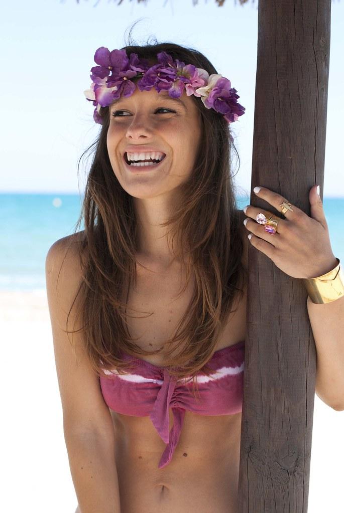 07_bikini_tie_dye_burgundy_theguestgirl