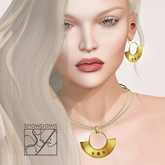 Snowpaws - Halfmoon Jewelry Set Poster