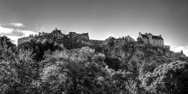 Edinburgh Castle panorama B&W