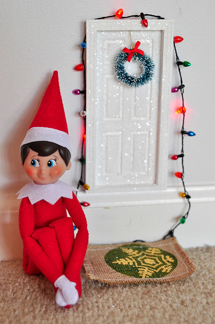 elf on the shelf magic door
