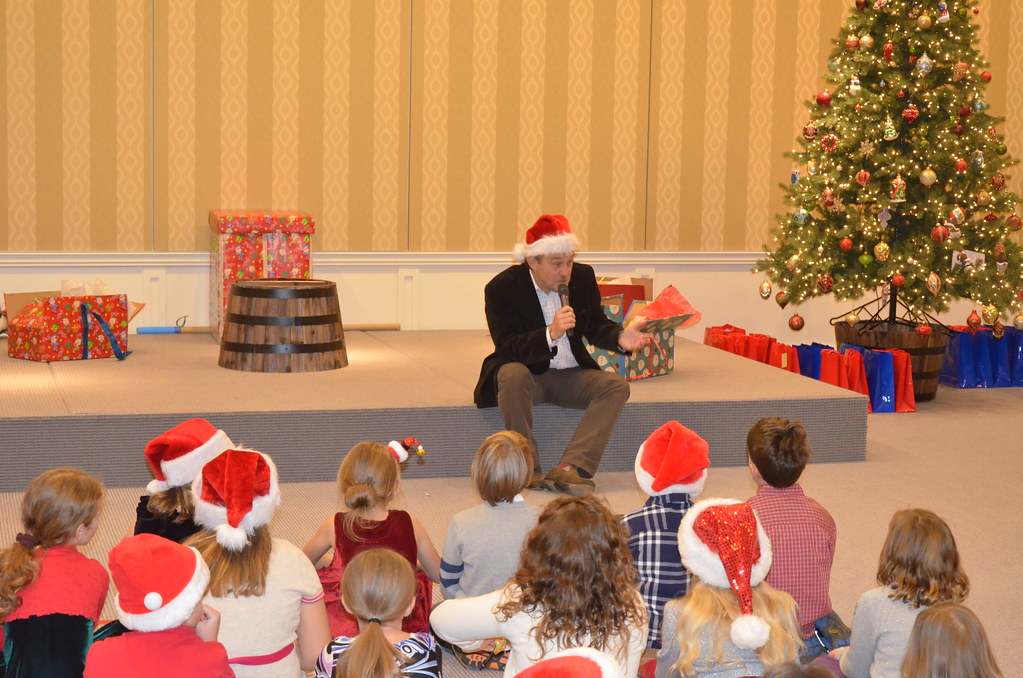 <p>His Excellency Ryszard Sznepf, the Ambassador of Poland welcomes kids at the residence, celebrating St. Nicholas Day!<br /> <br /> Photo by the Courtesy of the Embassy of Poland</p>
