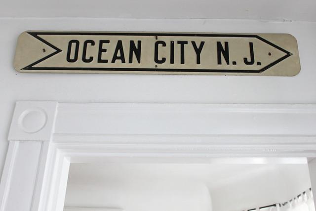 dressingroom_oceancitysign