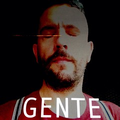 Jaime também é gente.  #selfportrait over Fabio Tremonte #SelfieKing