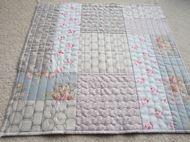 quilt as you go patchwork cushion top (2)