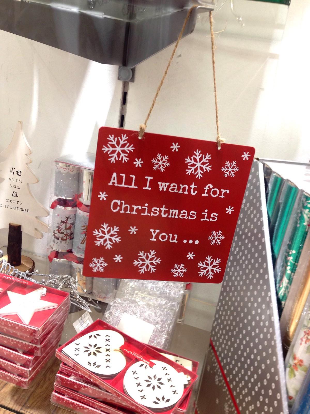christmas spirit debenhams (1)