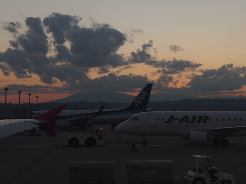 sunset japan airplane airport miyagi 夕焼け 飛行機 空港 宮城県 航空機 iwanuma 岩沼市